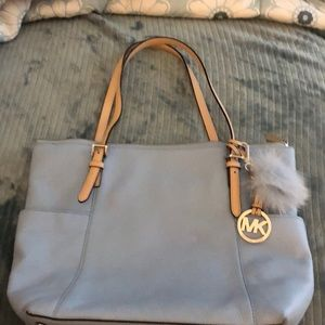 LIKE NEW! MICHAEL KORS baby blue leather tote